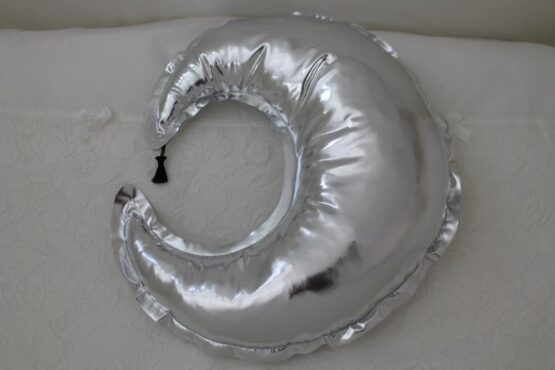 Декоративна възглавница Луна; цвят: сребърен