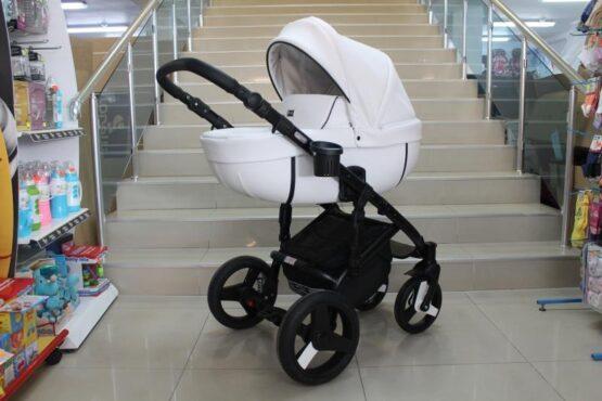Бебешка количка Kuga 3в1; цвят: бял