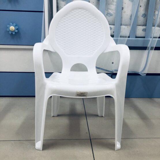 Детско пластмасово столче: цвят: бял